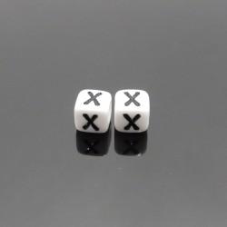 Biele kocky 6x6mm písmeno X